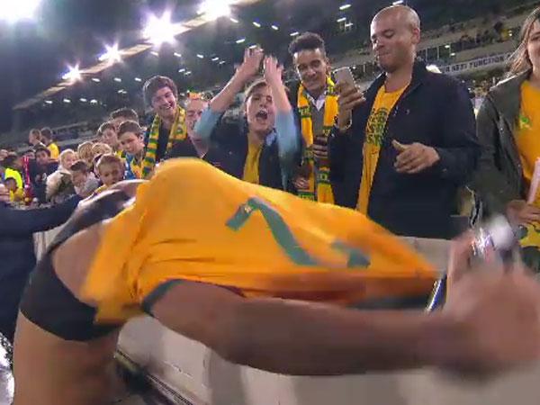 Socceroos fan left high and dry in jersey bid