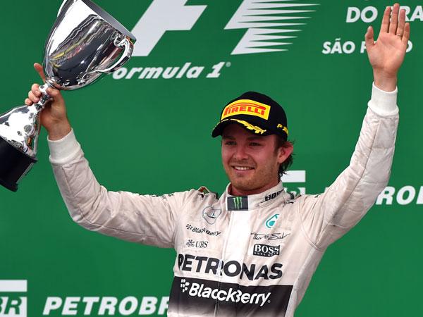 Rosberg remembers Paris with Brazil win