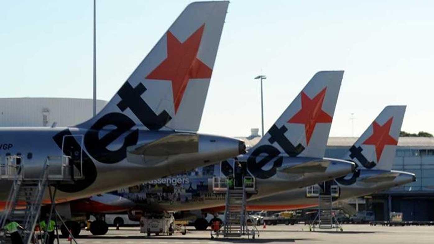 Union says Jetstar threatened to ground its entire fleet