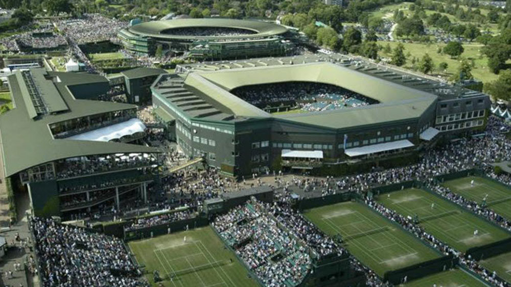 A high shot of  Wimbledon's courts. (AAP)