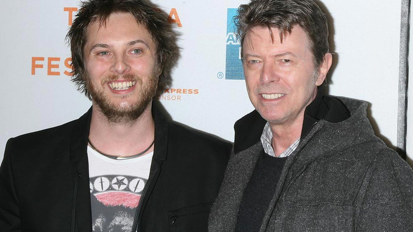 Palliative care doctor pens open thank you letter to David Bowie for his approach to death