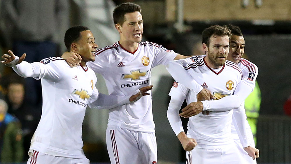 Man Utd march into FA Cup last eight