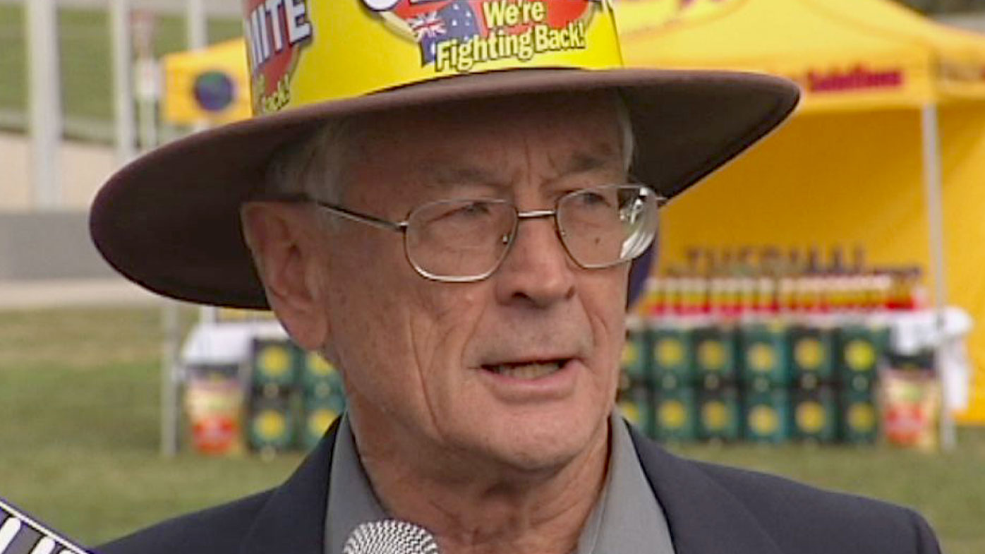 Dick Smith backs Pauline Hanson's policies, but won't offer financial support