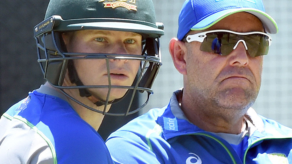 Australian coach Darren Lehmann (r) has said the Test series against India will not be decided by the coin toss. (AAP)
