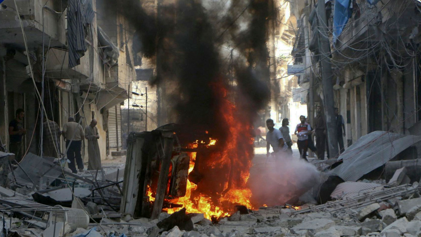 Syrian soldiers retake Aleppo district as bombs rain down
