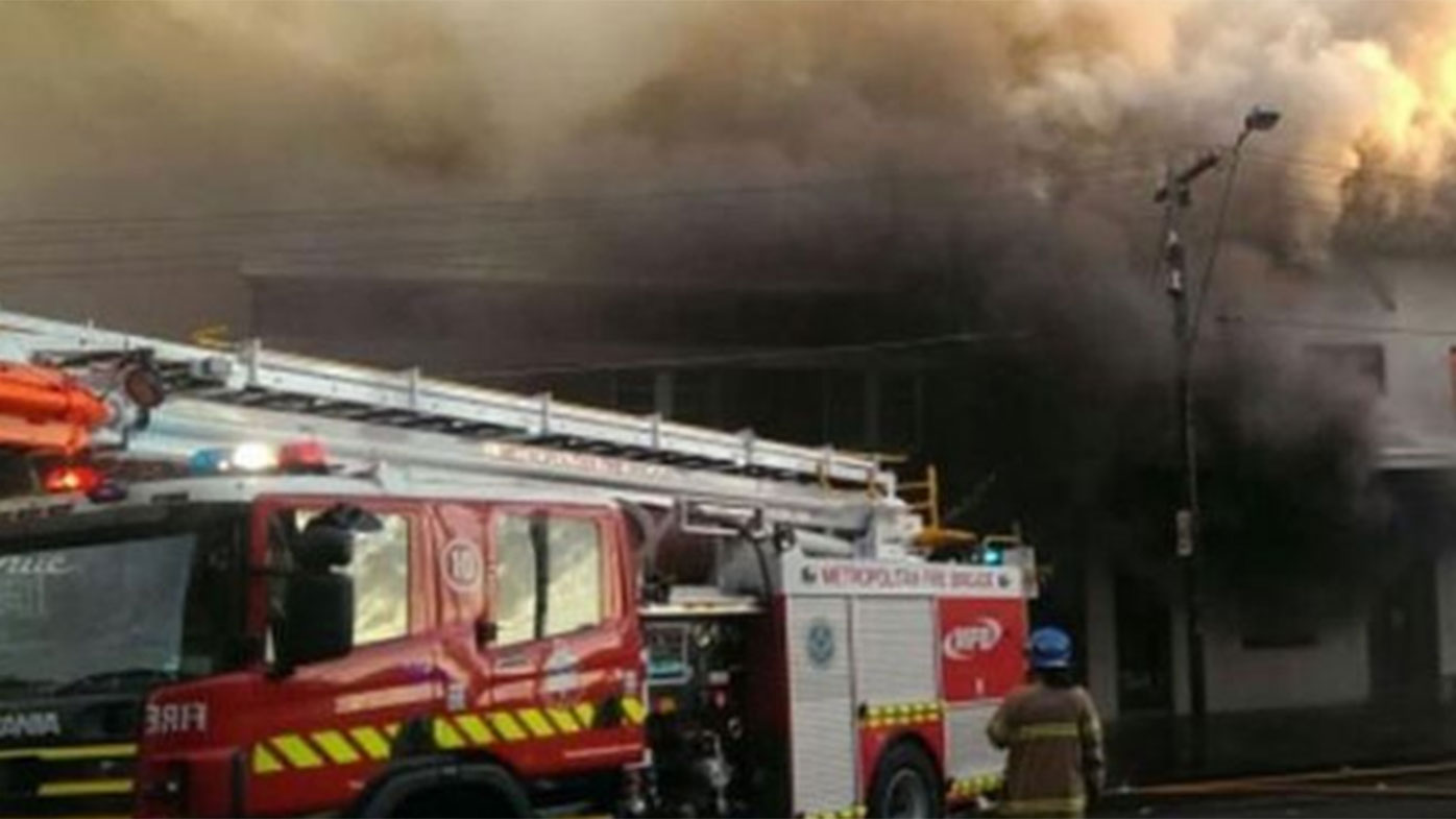 'Panicked' builder torched Melbourne hotel