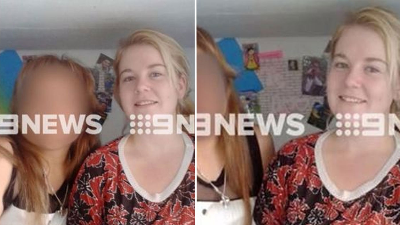 Ms Sainsbury says she was tricked into posing for this photo by Spanish speaking inmates. (9NEWS)