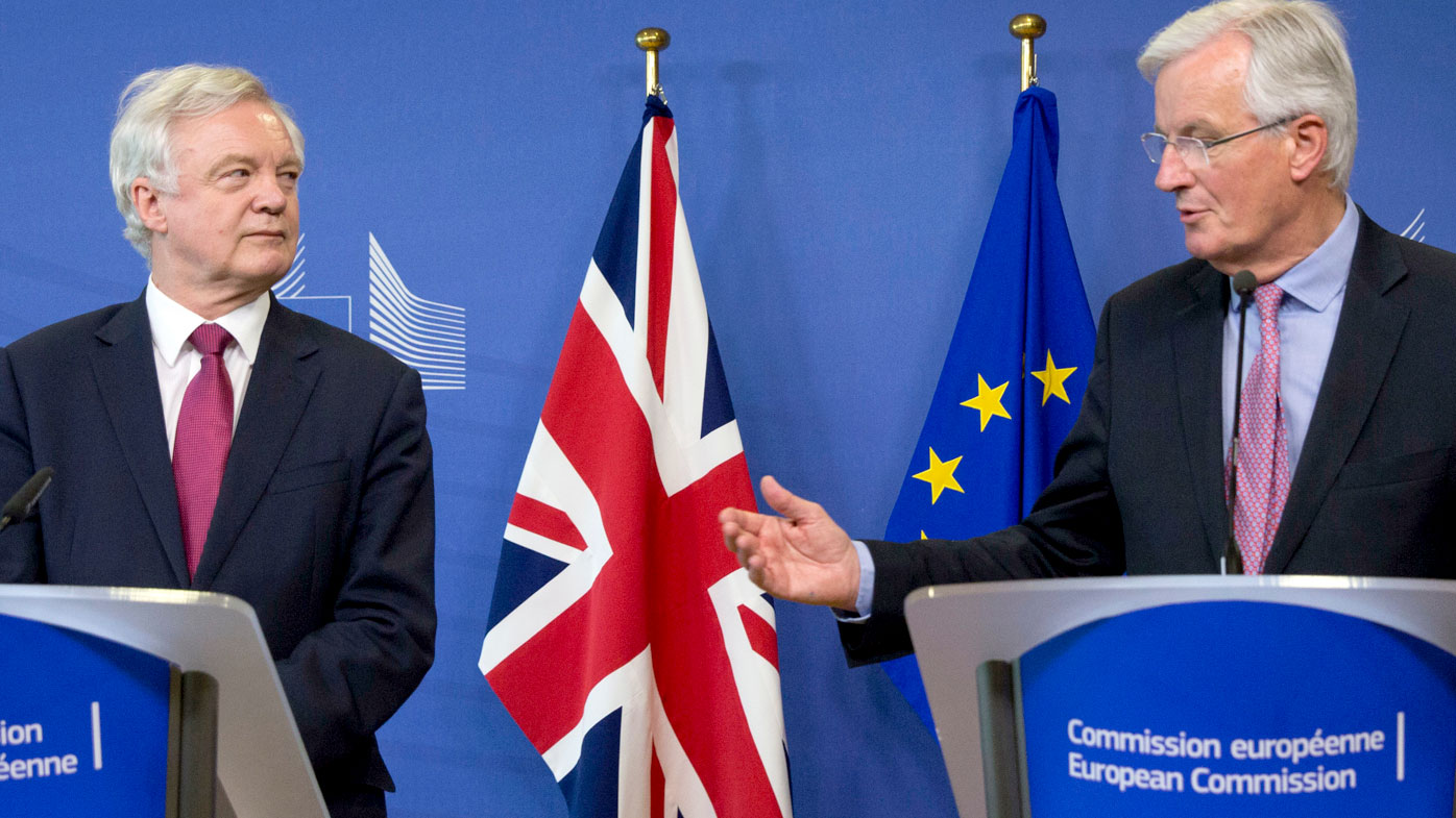 David Davis and Michel Barnier make a joint media address. (AAP)