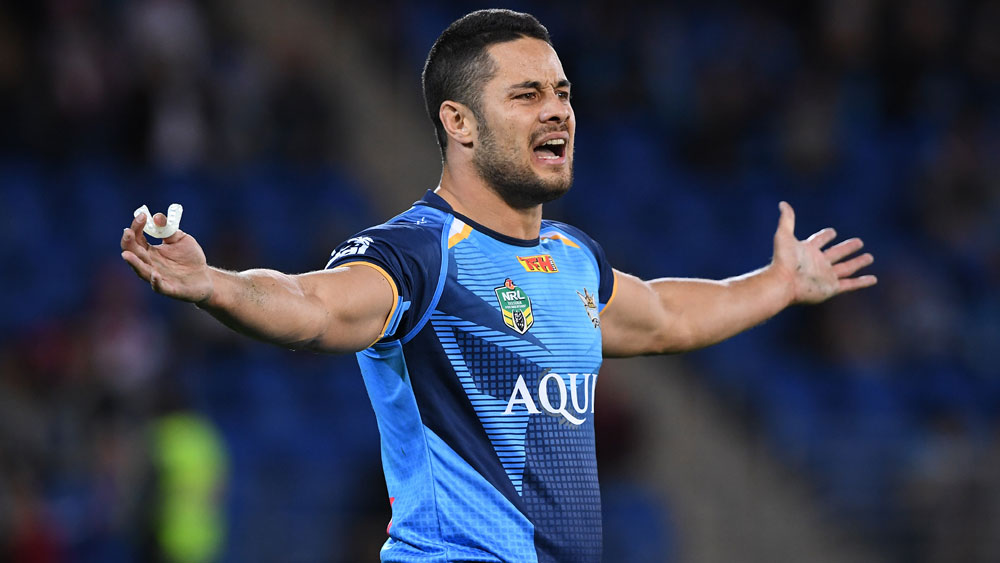 Hayne fires shot at sacked coach Henry