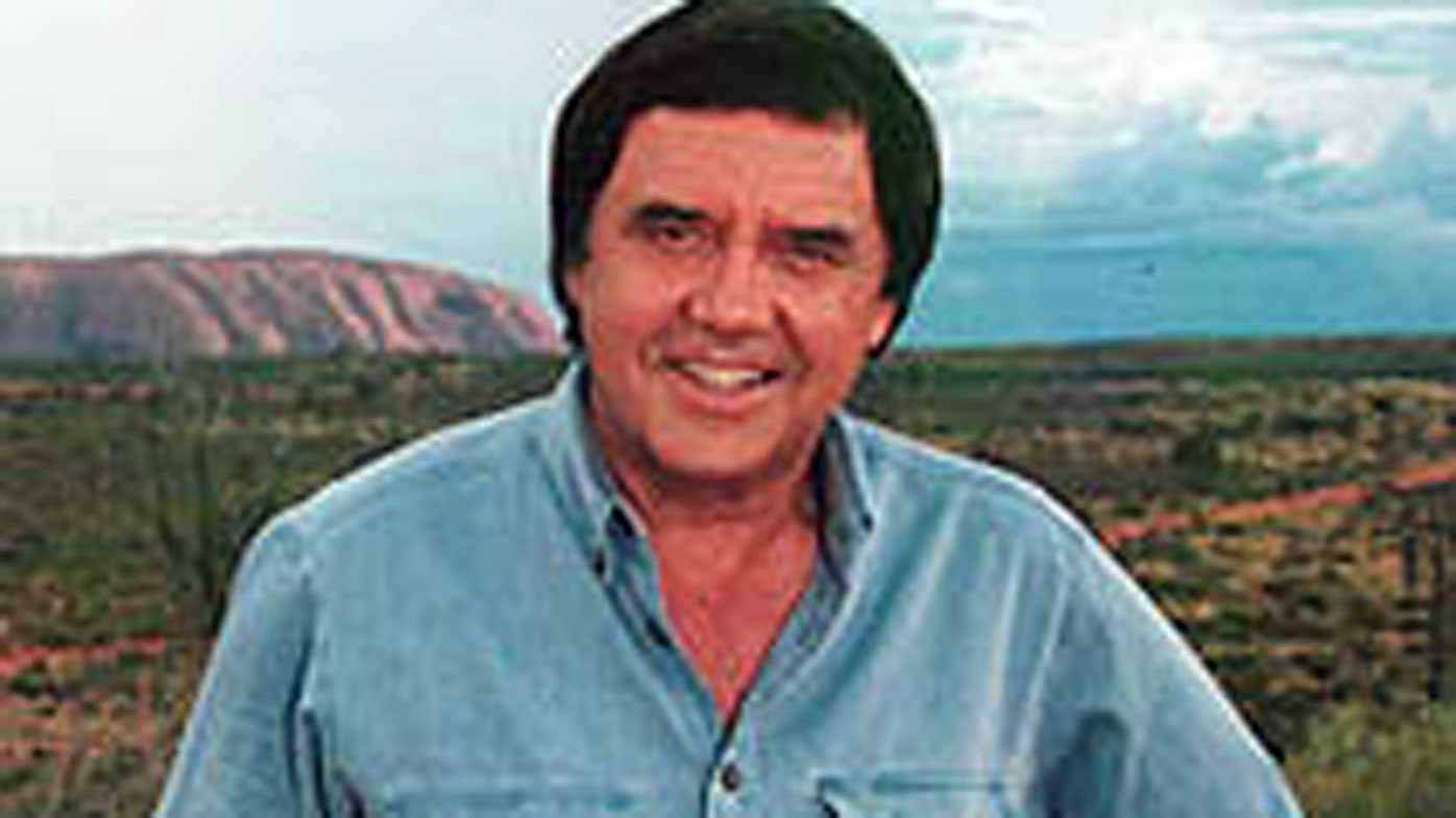 Veteran TV journalist Peter Luck has died.
