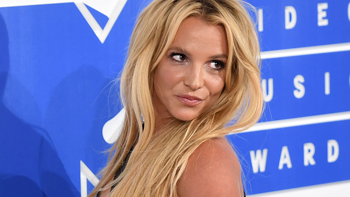 Britney Spears lost three kilos worrying about an 'awkward' date: 'He just wasn't that into me'