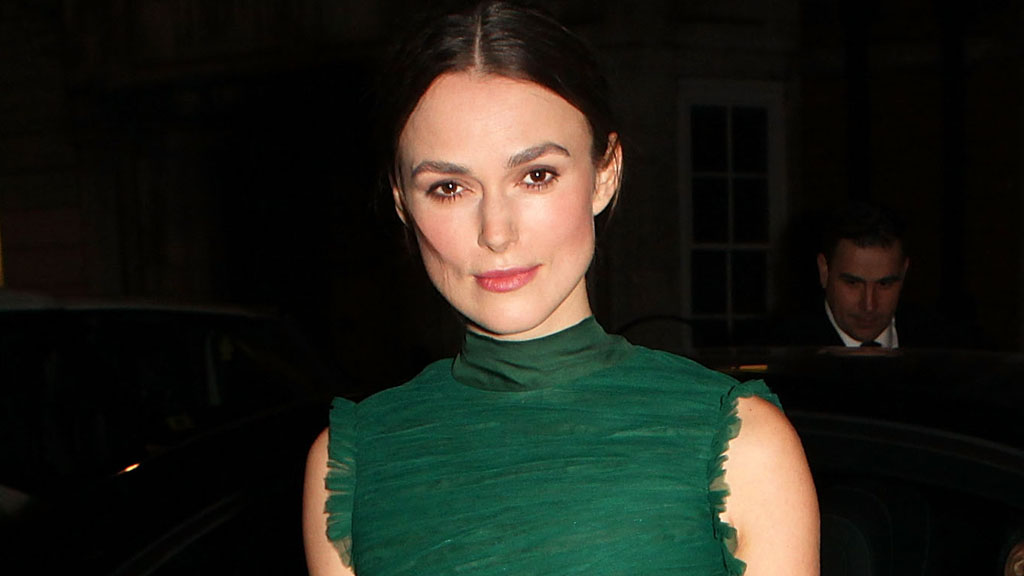 Actress Keira Knightley is beautiful but she struggles with breakouts from time to time. Image: Getty.
