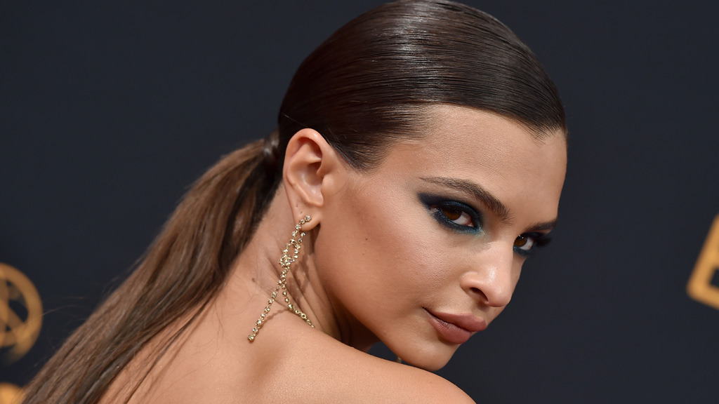 <p>Actress and activist Emily Ratajkowski is a woman who can wear absolutely anything and somehow still be the most breath-taking human in the room.</p> <p>She can own the red carpet in high-end glamour (her Emmy Awards Zac Posen gown being the perfect example) but she can also make your heart skip a beat in nothing more than jeans and a T-shirt. And when it comes to her beauty style, things are much the same - possibly even more dramatic.</p> <p>Whether she's rocking a casual ponytail or a slicked-back chignon, Emrata owns it. She can do bare-skin and a nude lip or seriously smoky eyes and ultra-luxe lashes.</p> <p>Bottom-line she can make anything and everything work. That's awesome, but what we love most is not that she can do any or all styles, but that she does. Here's a woman who is prepared to take a beauty and style risk and we have nothing but admiration for that.</p> <p> The thing is, not all of us can look like Emily, but there's nothing to stop us from being more daring in our choices.</p> <p>And on that, here's a handful of Emily images for inspiration. Let's be bold. </p>