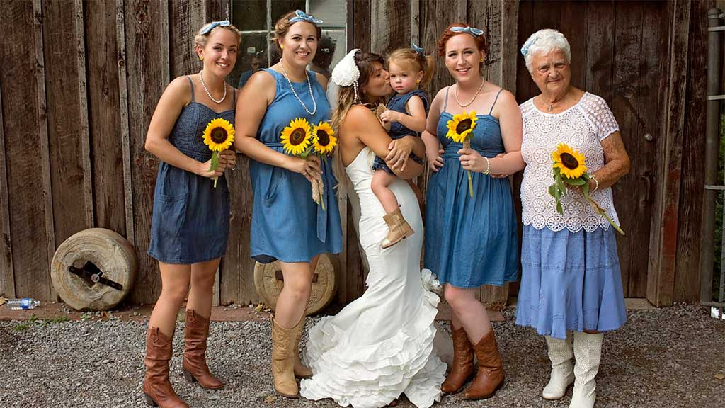 The bridal party, with Mary Smith at the far-right. (Pinterest)