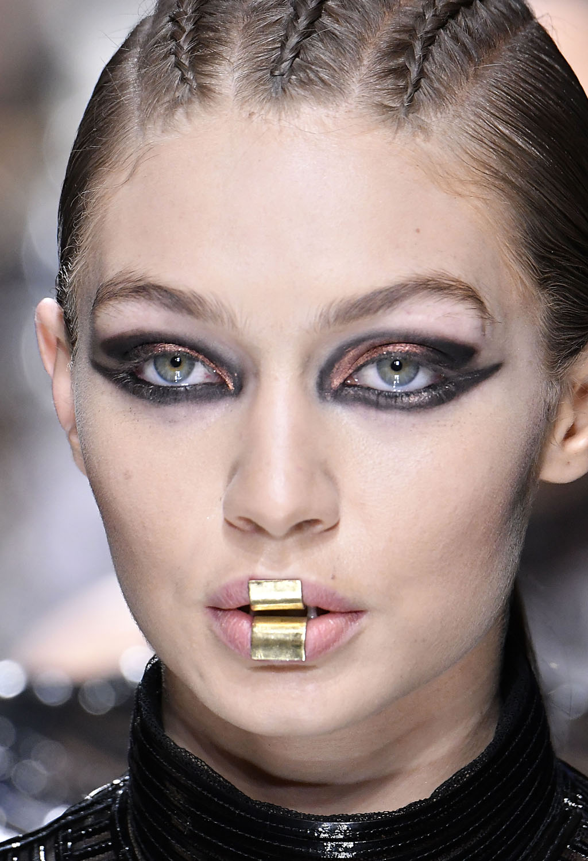 Lip Metallic Matte: Smokey Eyes, Metallic Lips And Liner For Days