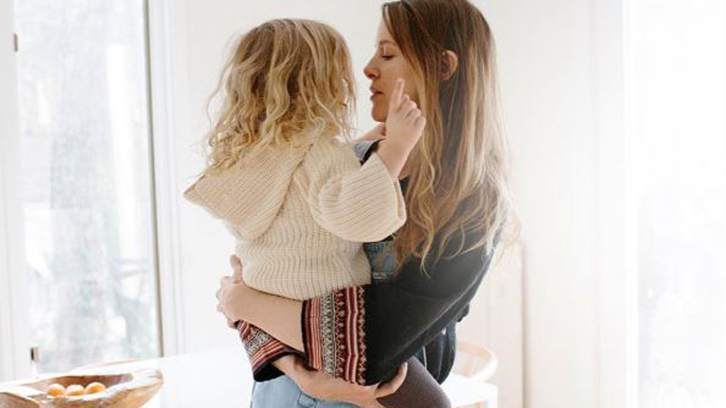 Many of today's mothers feel judged and criticised, shows research. Image: Instagram/@bleubird