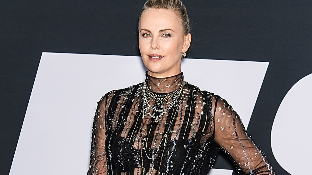 charlize theron 39 s fast fashion 9style. Black Bedroom Furniture Sets. Home Design Ideas