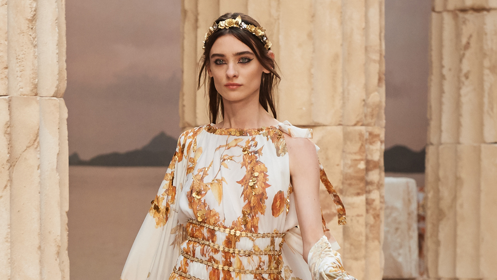 Chanel turns back time on the runway