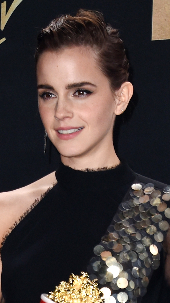 "<p><em>Beauty and The Beast</em> star<em>, </em>Emma Watson's stirring speech as the recipient of MTV's first-ever   genderless acting award at <a href=""http://style.nine.com.au/2017/05/08/09/01/mtv-movie-tv-awards-2017-red-carpet"" target=""_blank"" draggable=""false"">this year's MTV Movie and TV Awards</a> blew the crowd away, but her sleek hair and makeup choices on the red carpet made an equally show-stopping impression.</p> <p>The actress's bold eyebrows, shimmery bronzed skin and slicked back hair was the perfect beauty combination to go with her glittery punk-inspired dress that was designed by Australian label Kit X.</p> <p>But with the MTV red carpet  a place where the A-list never hold back when it comes to debuting bold and sometimes shocking beauty looks, Emma certainly wasn't alone when it came to statement-making makeup.</p> <p>Electric blue lips, shaved heads and graphic smokey eyes won fans in the beauty stakes on the red carpet, with many of the A-list's makeup choices inspiring never-before seen looks that you will want to recreate at home. </p> <p>Click through to see our pick of the best beauty looks from this year's MTV Movie and TV Awards.</p>"