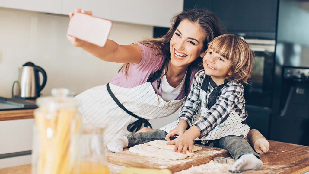Mums and dads can help fight childhood obesity by modelling healthy behaviours at home. Image: Getty