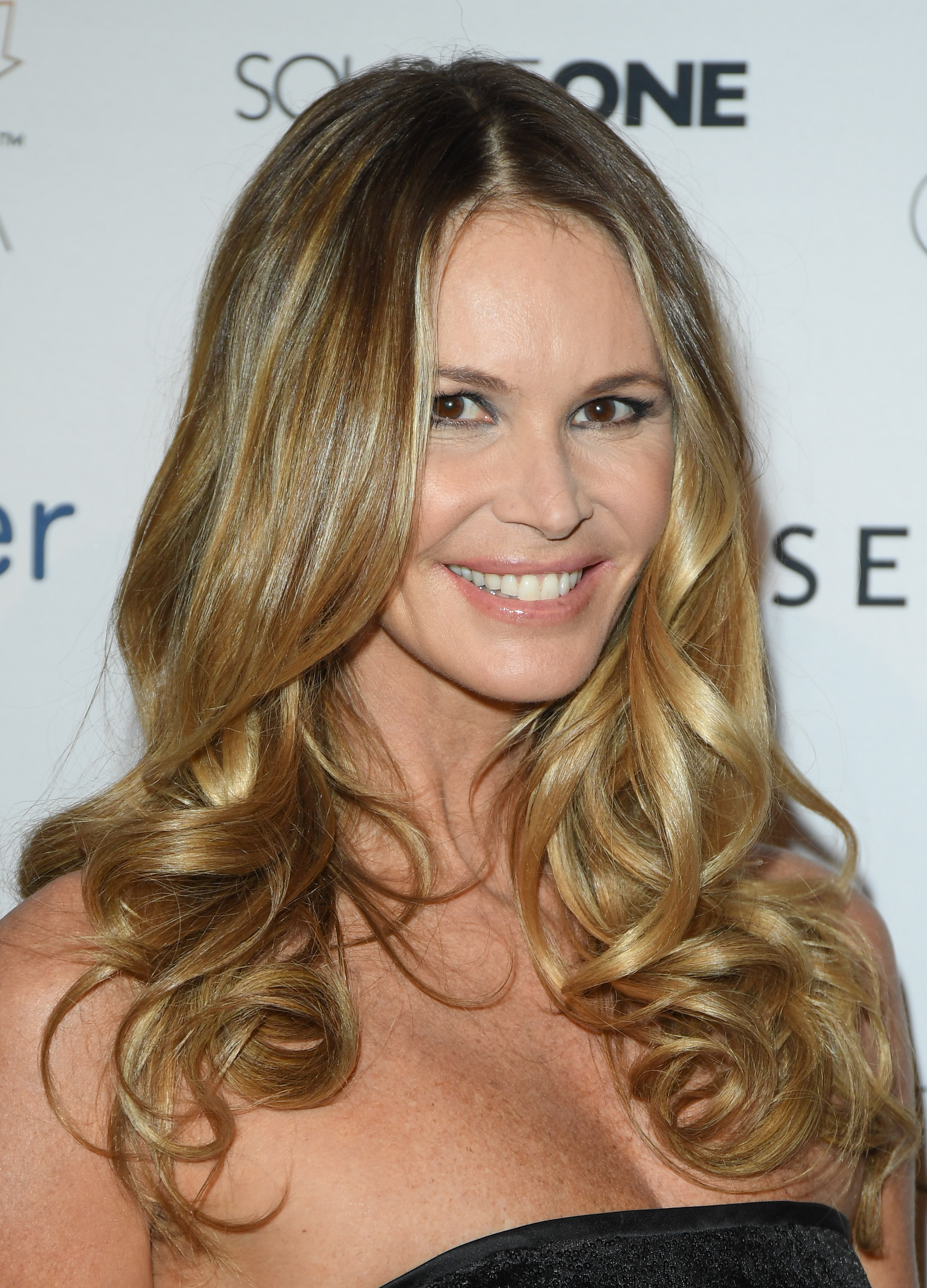 """After three decades in the spotlight <a href=""""http://style.nine.com.au/elle-macpherson"""" target=""""_blank"""" draggable=""""false"""">Australian supermodel Elle Macpherson </a>needs no introduction.<br /> <br /> The statuesque model first rose to public prominence in the '80s, where her caramel-coloured locks and glowing skin graced the covers of major magazines such as <em>Elle, Harpers's Bazaar, Vogue, GQ</em> and <em>Sports Illustrated</em> and earnt the Sydney-born model the title of 'The Body'.<br /> <br /> Over the last few years the mother-of-two has evolved into a successful businesswoman and TV host, favouring a sandy blonde hair shade and a fresh-faced complexion as her signature beauty look.<br /> <br /> We look back at some of Elle Macpherson's most memorable beauty moments throughout the years."""