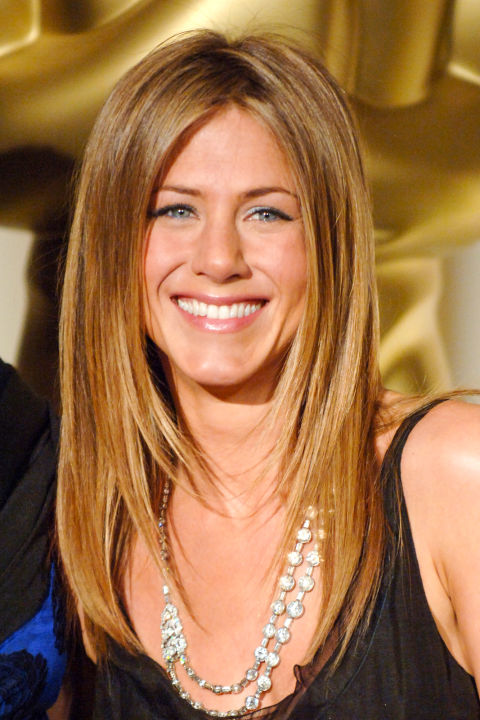 Jennifer Aniston S Most Memorable Hairstyles 9style