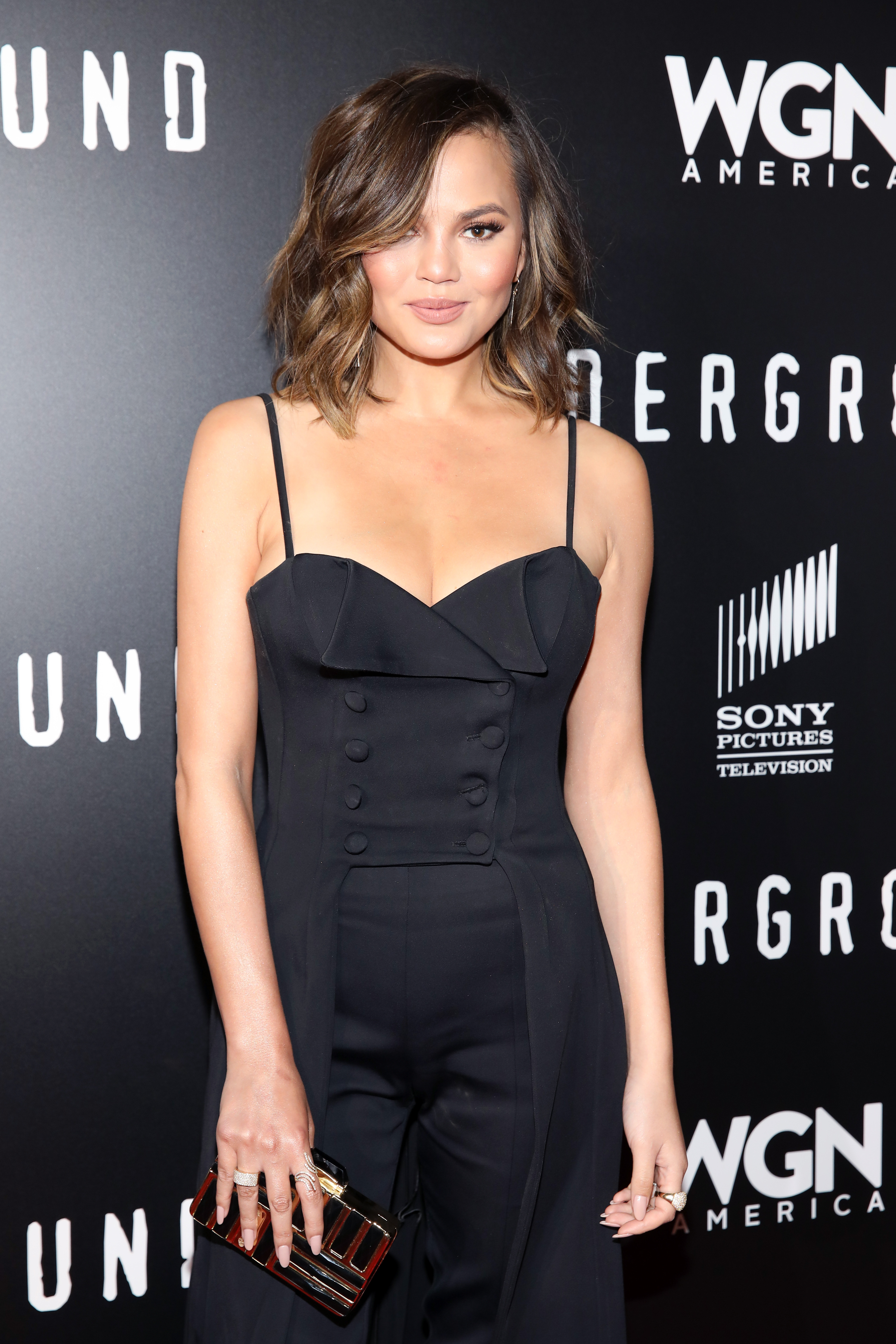 """<p><a href=""""http://style.nine.com.au/chrissy-teigen"""" target=""""_blank"""" draggable=""""false"""">Model Chrissy Teigen </a>is not one to sugarcoat any part of her life on social media.</p> <p> The exuberant wife of singer John Legend has shared pictures of stretch marks, posted videos of<a href=""""http://style.nine.com.au/2017/04/26/10/24/style_chrissy-teigens-hair-extensions-nightmare"""" target=""""_blank"""" draggable=""""false""""> hair extension dramas</a>, tweeted about her infertility and revealed that <a href=""""http://style.nine.com.au/2017/08/15/09/31/style_chrissy-teigen-beauty-secrets"""" target=""""_blank"""" draggable=""""false"""">she has broken down over her body image.</a></p> <p> The mother-of-one's unfiltered attitude stems from her belief that more women need to be themselves on social media and not rely on apps that focus on retouching and airbrushing an image.</p> <p>""""I will say that everyone has a stretch mark. Every time I see that other stretch mark, I'm like, """"Girl, yes!"""" It makes me feel better, and if more of us did that kind of s**t, how many people would feel better?"""" Chrissy said at the Beautycon beauty conference.</p> <p> The <em>Sports Illustrated</em> covergirl isn't the celebrity to keep it real. </p> <p>Lady Gaga, Zendaya and Gisele Bundchen are just some of the other celebrities who have also said no to photoshop and yes to natural beauty.</p> <p> Click through to see the celebrities who have taken a stance against digital manipulation. </p>"""