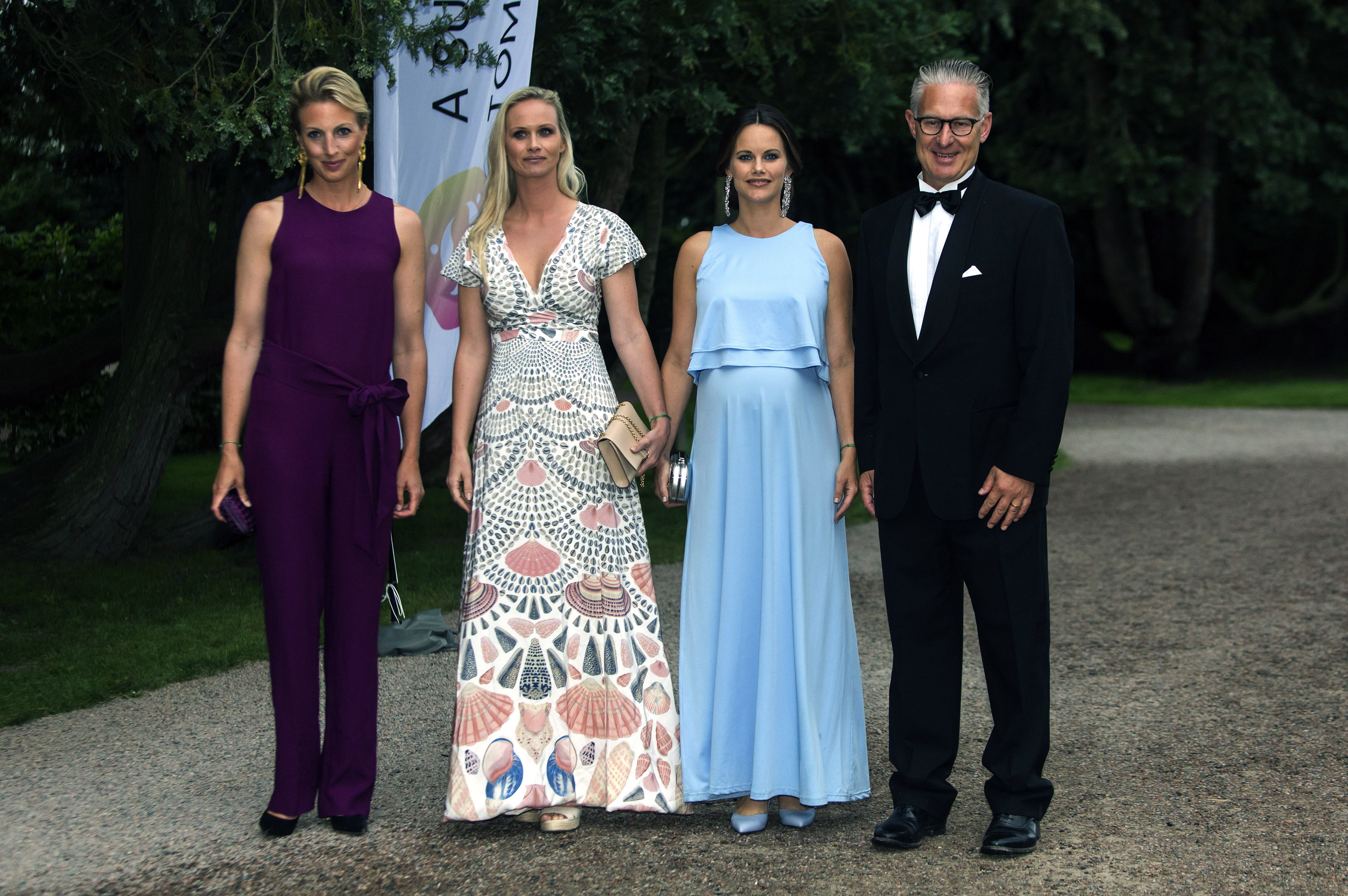 Mother of one, Princess Sofia of Sweden took a style tip from her sister-in-law Princess Madeline on an official outing last month in Bastad.<br> <br> In a pale blue gown, the wife of Prince Carl Philip drew attention to her hair and makeup with dazzling earrings and darker lipstick than her usual neutral shades.<br> <br> Princess Sofia gave birth to Prince Gabriel, brother to Prince Alexander, on August 31.en August 2017.