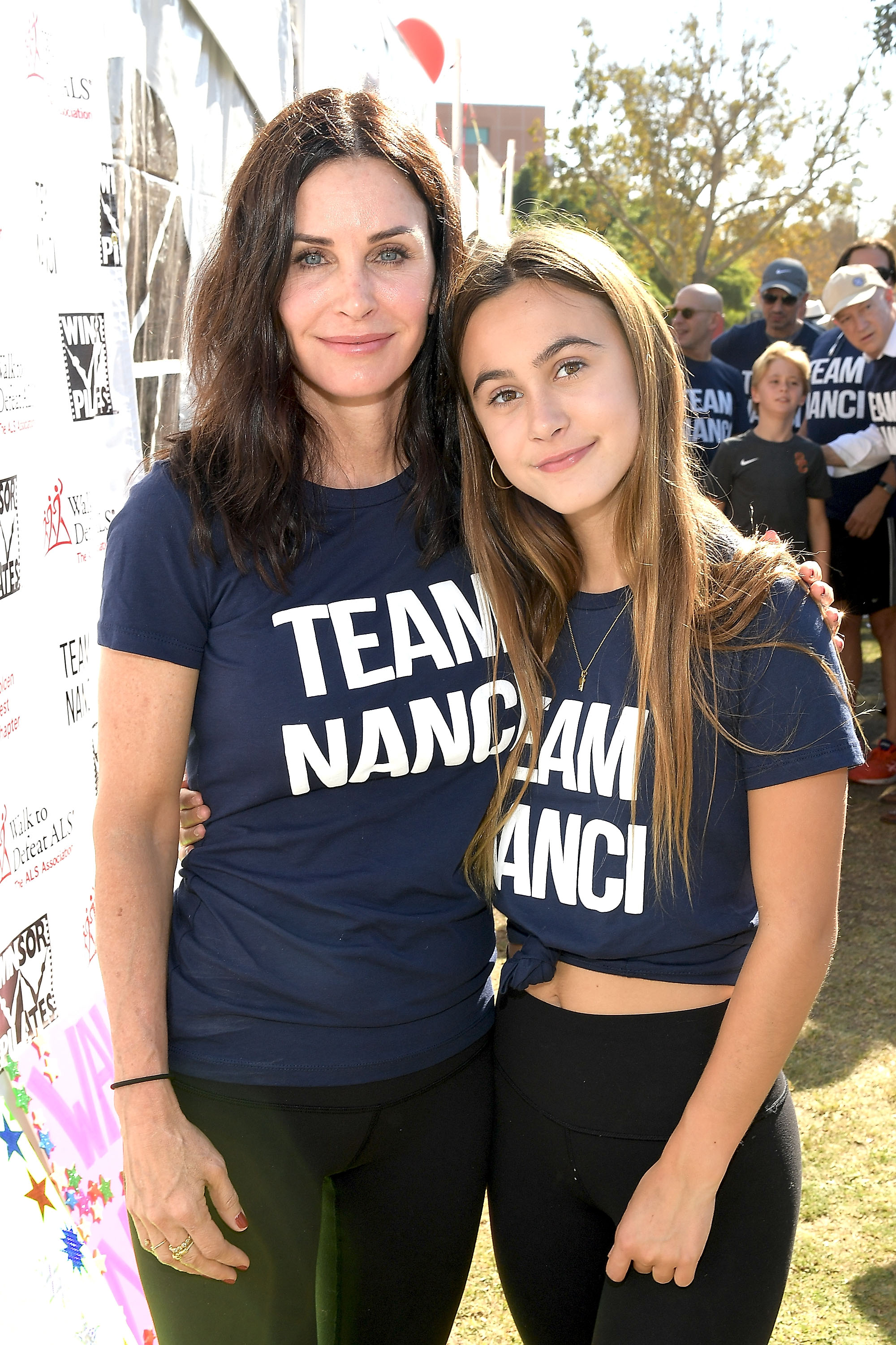 Courteney Cox twins with her mini-me