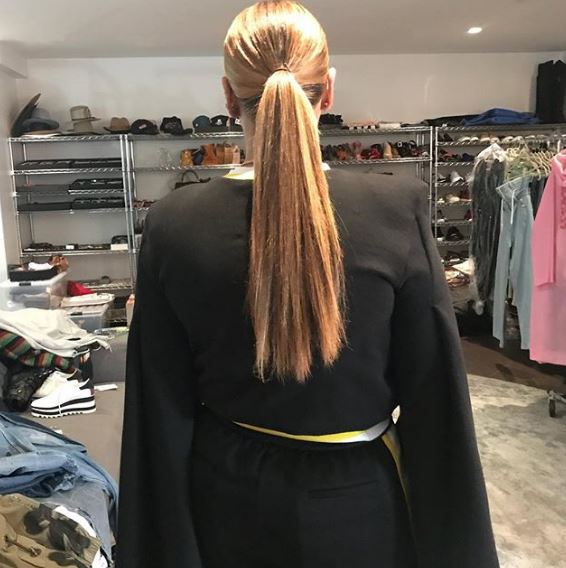 "<p>You can always count on your mama to call you out and Beyoncé is no different.</p> <p>The singer's mum, Tina Lawson, took to Instagram to put to rest a long-running debate over her daughter's hair.</p> <p>Beyoncé cops endless speculation over the length of her hair - is it a weave? Wig? Extensions? All hers?</p> <p>The Single Ladies singer wowed us all when she revealed her pixie-style bob to the world back in 2013. Many fans speculated this was in fact her 'real' hair, usually hidden under her weave. Fast forward four years, we've been seeing some crazy long locks on the star and people are asking, 'can it really grow that fast?'</p> <p>According to her mum, it sure can.</p> <p>Lawson ended the debate once and for all by posting a photo of her girl captioned, ""INCHES!!!! So happy my baby's hair grew back!! She is going to get me 😩.""</p> <p>And now, if you could just be so kind to let us know the products your daughter is using that would be oh so kind Mrs Lawson.</p> <p>Celebrity hairstylist Ursula Stephen says there are some tell-tale signs someone is sporting a weave. The main ones to look out for are;</p> <p><strong>1.</strong> Too much shine - This usually happens when the hair is synthetic and has an unnatural-looking sheen. <br /> <strong>2.</strong> Tracks are on show – this happens when it's worn in a style it wasn't intended, for example, wearing a weave up in a ponytail when it was installed with the intention of wearing it down <br /> <strong>3. </strong>It smells – eeek. Mildew can grow if not wash and dried properly and this leaves a very unpleasant odour.</p> <p>This would never happen to Queen Bey.</p> <p>Let's take a look at some of our favourite Beyoncé hair looks of all time.</p>"