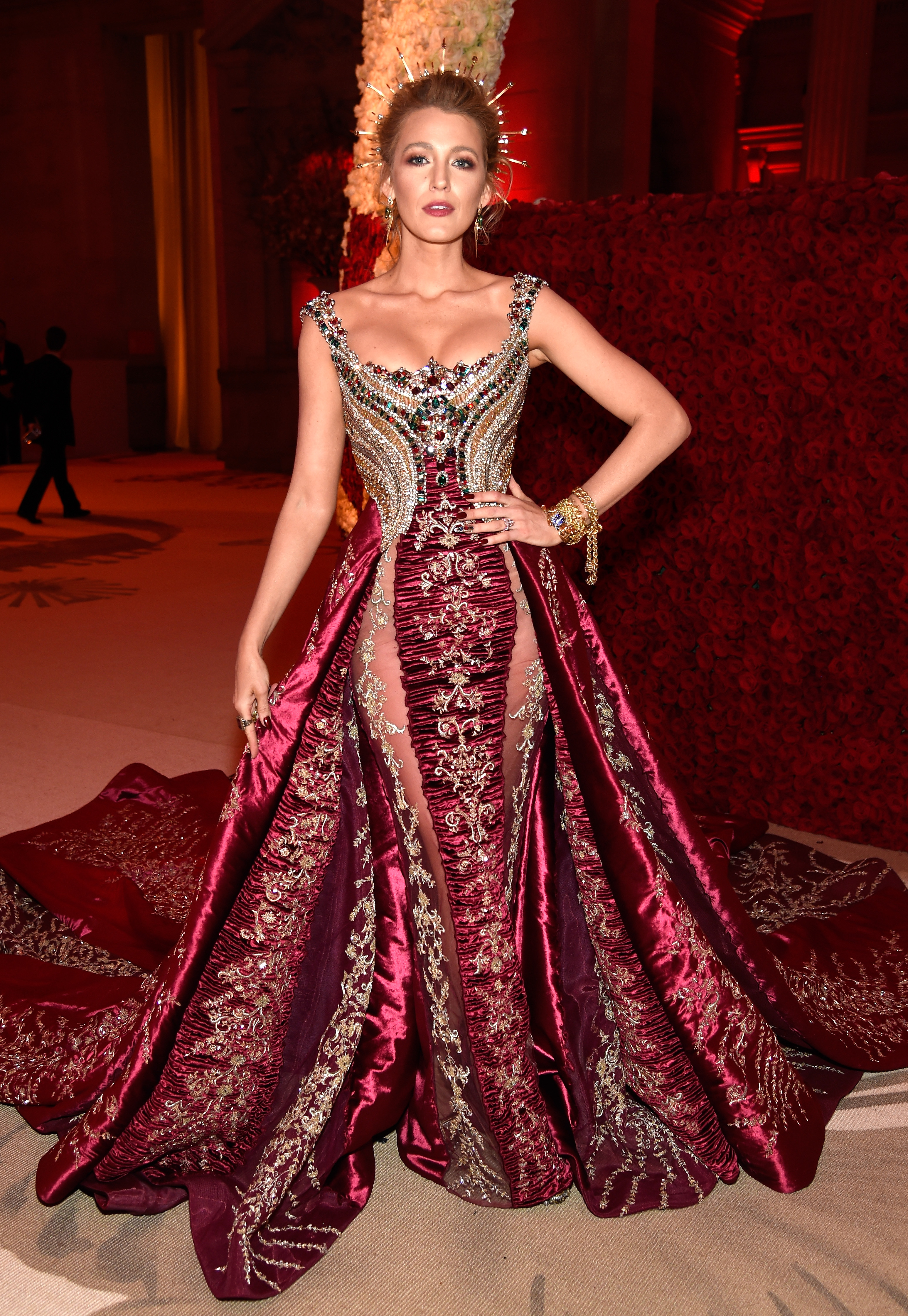 <p>It's the premier event on the fashion calendar and the 2018 Met Gala 'Heavenly Bodies: Fashion and the Catholic Imagination' didn't disappoint - not by a long shot.<br> <br> The night's enticing cocktail of fame, fortune, fashion and a flamboyant theme can either be a sartorial dream or a complete disaster.<br> <br> Thankfully, this year, for the most part, our eyes were left relatively unscathed with most of the A-list successfully mixing designer attire with religious iconography.<br> <br> Here is HoneyStyle's pick of the top 10 looks that will go on to define this year's Met Gala in years to come.<br> <br> </p> <p></p>