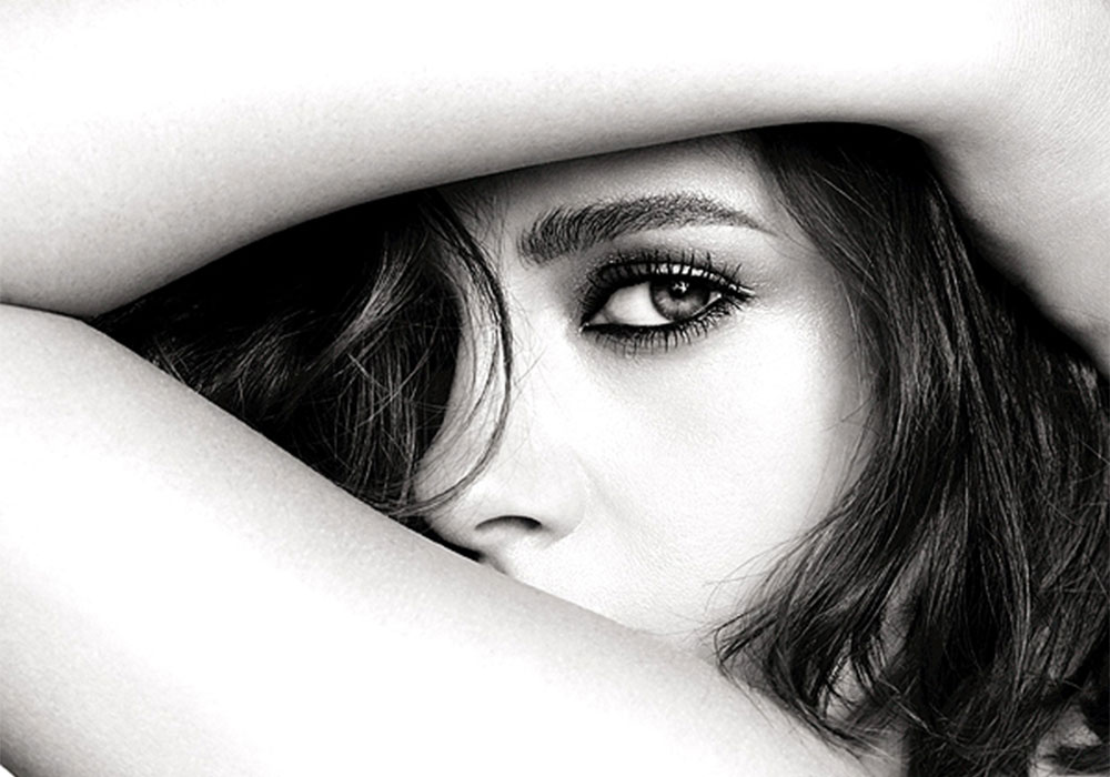 Kristen Stewart named face of Chanel make-up