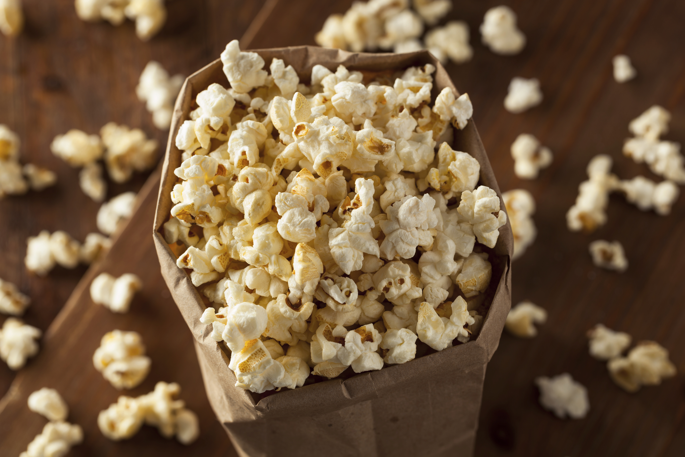 <strong>Popcorn (31 calories per serve)</strong>