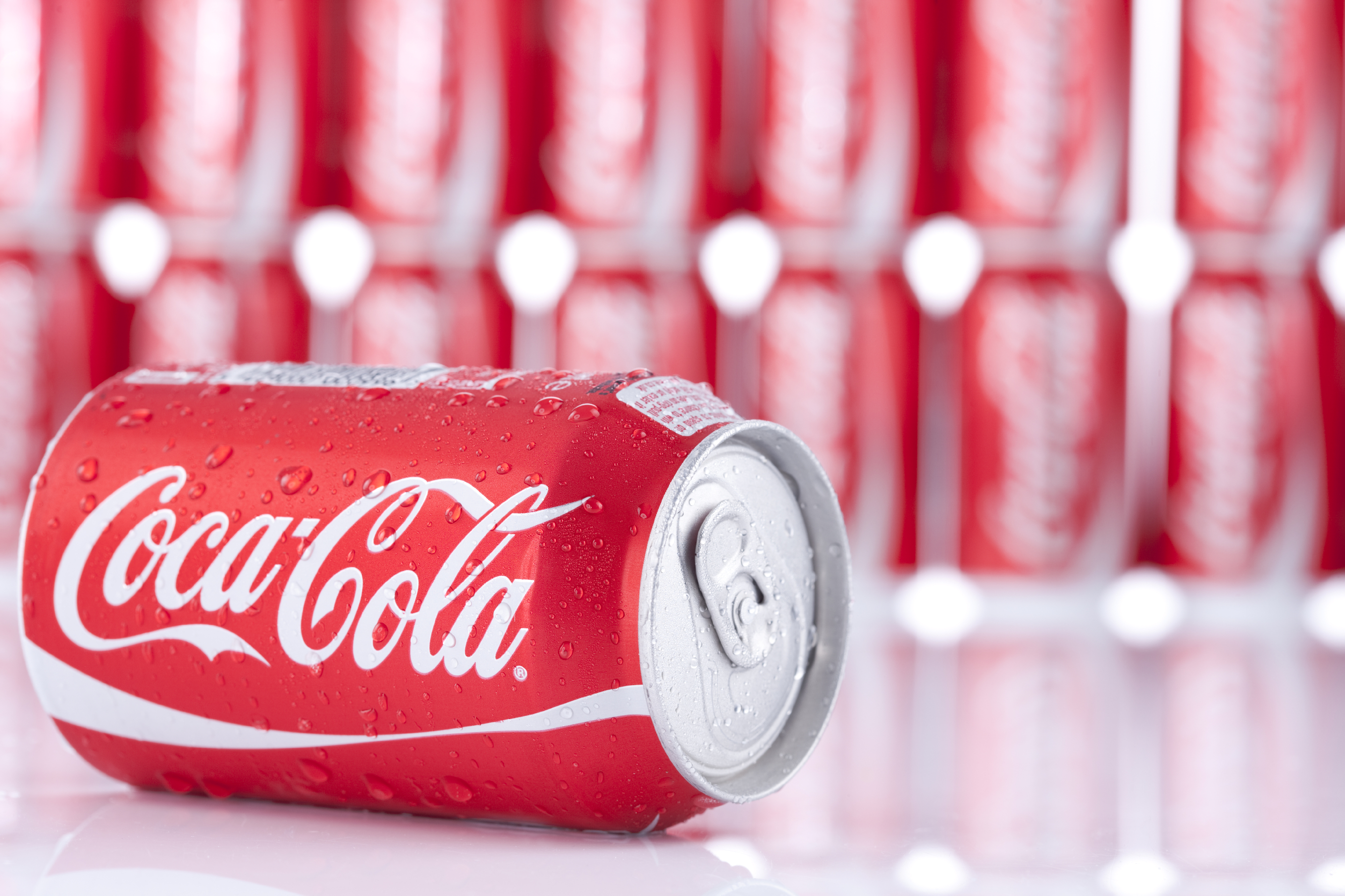 <strong>Coca-Cola = 10.6 grams of sugar per 100ml</strong>