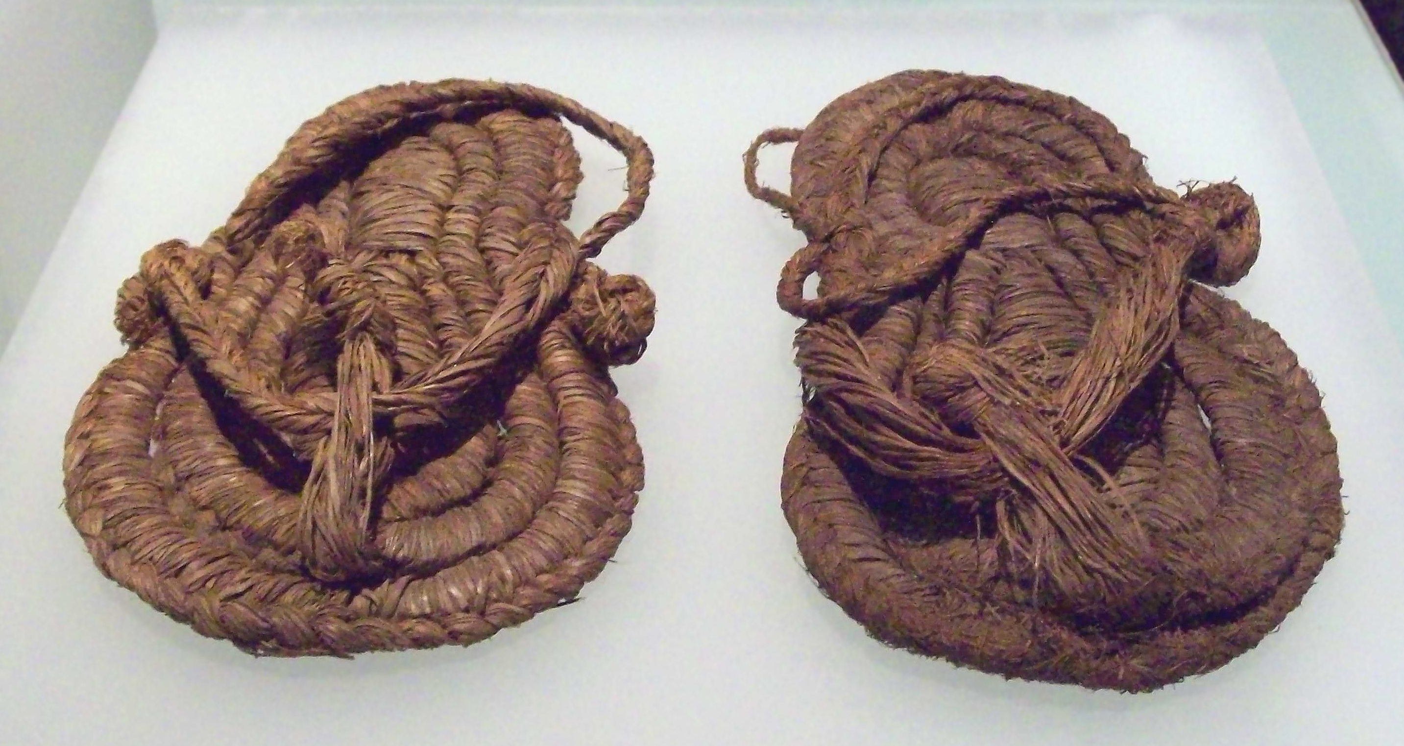 <strong>Ancient sandals (6,000 BC)</strong>