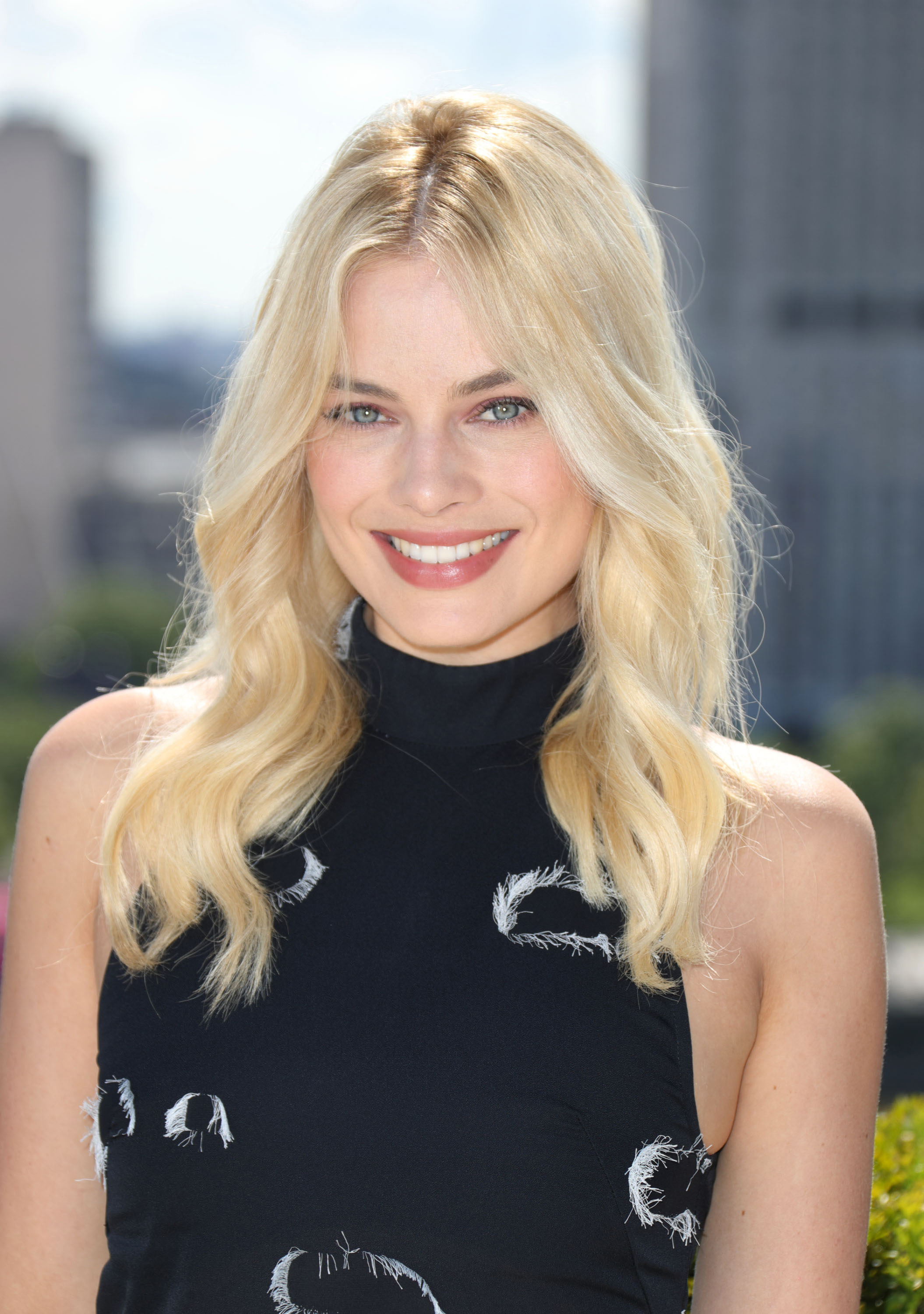 <p>Margot Robbie may be a Neighbours graduate, but her approach to beauty is more Rue Saint Honoré than Ramsay Street. Like the French, Robbie understands the power of relaxed hair on the red carpet and often uses a slightly dishevelled style to dress down her more high-octane fashion choices. This makes  her go-to 'dos ideal for when you can't make it to the salon or need to get some extra mileage out of a blow dry. Click through to see some of her best hair moments – and what to do with the looks on day (or week) three.</p> <p>Freshly dyed hair</p>