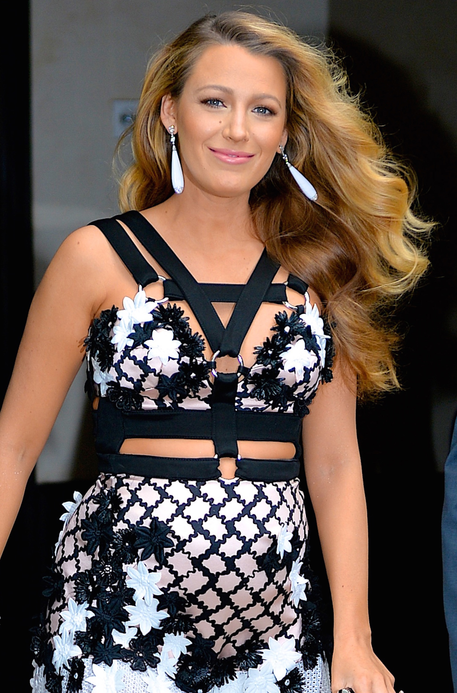 <p>Google has revealed which hairstyles were most searched for in the August issue of US <em>Elle, </em>and if the results are any indication, Americans can't get enough of long flowing waves and short touseled bobs. Click through to see which long, short and fringed hairstyles generated the most interest.</p>                                                                 <p>Long hair</p>