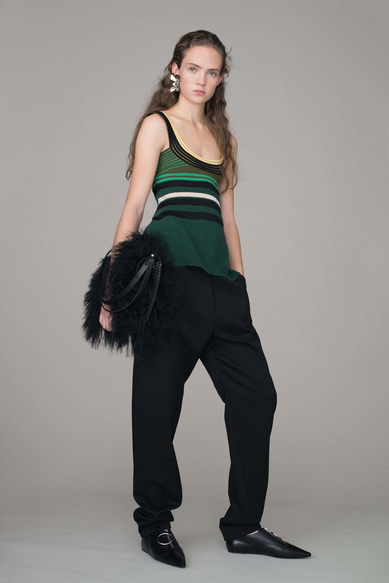 <p>Looking ahead to the fall 2016 pre-collections, there are a handful of key trends you can tap into to update your wardrobe right now. Here are 10 ideas to kick start a stylish New Year. (Compiled by Naomi Smith.)</p><p>1. Flat, pointed shoes.</p>