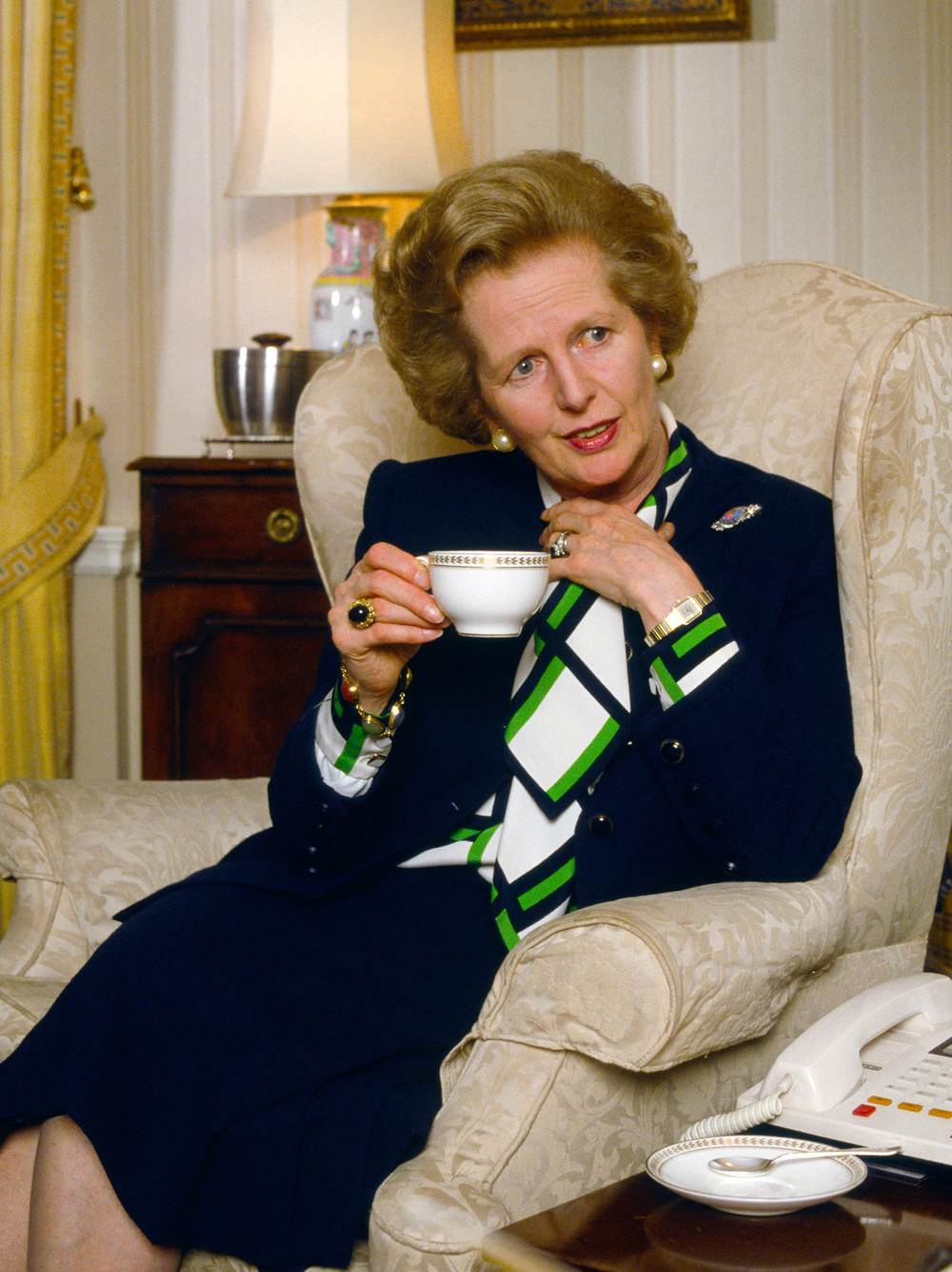 The Fight Over Margaret Thatcher S Fashion Legacy 9style