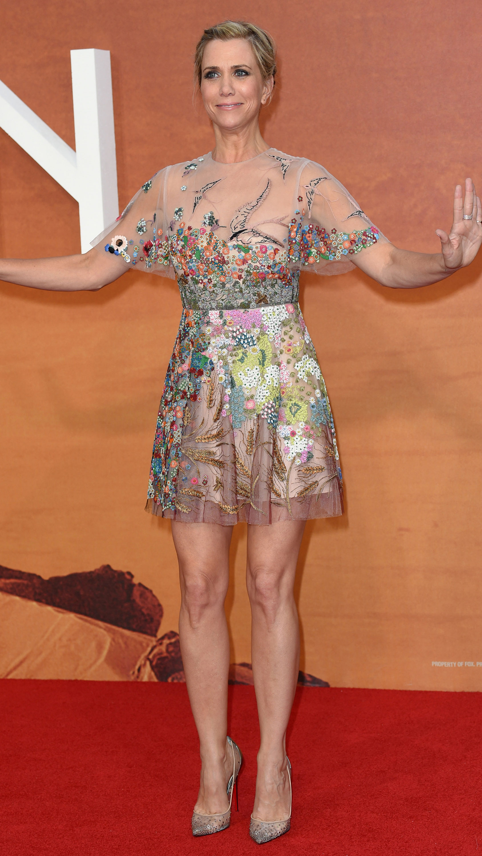 Kristen Wiig and Jessica Chastain bring the glam to The ... Jessica Chastain Movies