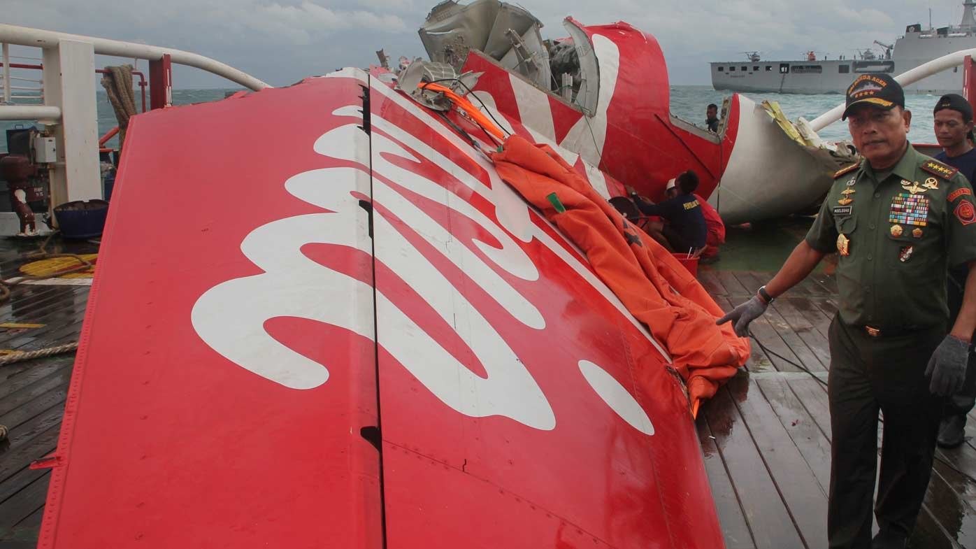 Union calls for AirAsia to be suspended in Australia after crash