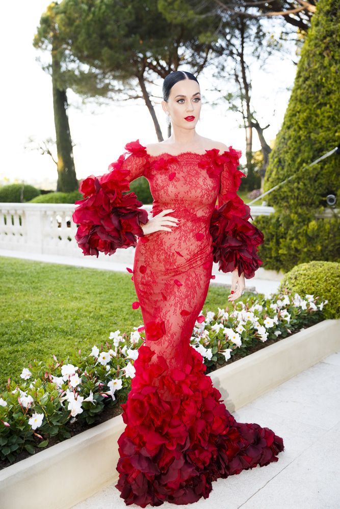 After a week of show-stopping red carpet appearances at the Cannes Film Festival, fashion insiders gathered at the Hotel du Cap-Eden-Roc for amfAR's 23rd Cinema Against AIDS Gala overnight. From Karlie Kloss in Marchesa, to Elle Fanning in Valentino and Vanessa Paradis in Chanel, these A-listers proved the wisdom in saving the best till last. <br /> <br /> Click through to see all the looks.