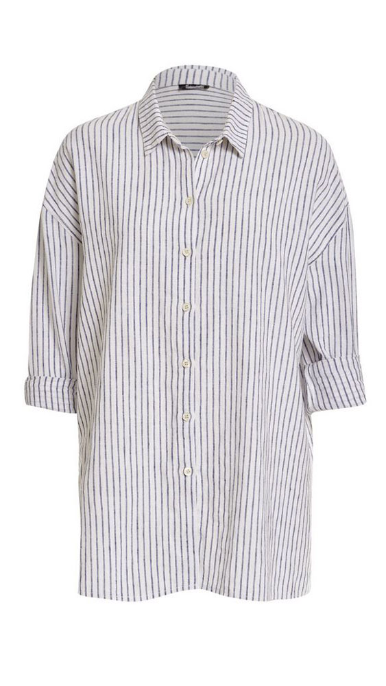 <p>The striped shirt</p>