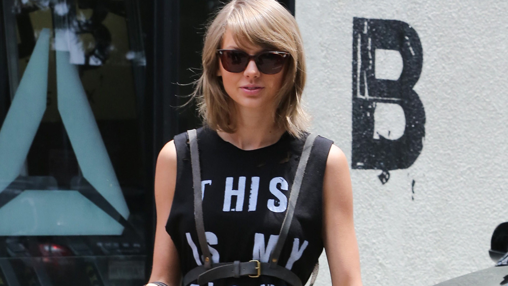 Taylor Swift set to make (super chic) court appearance