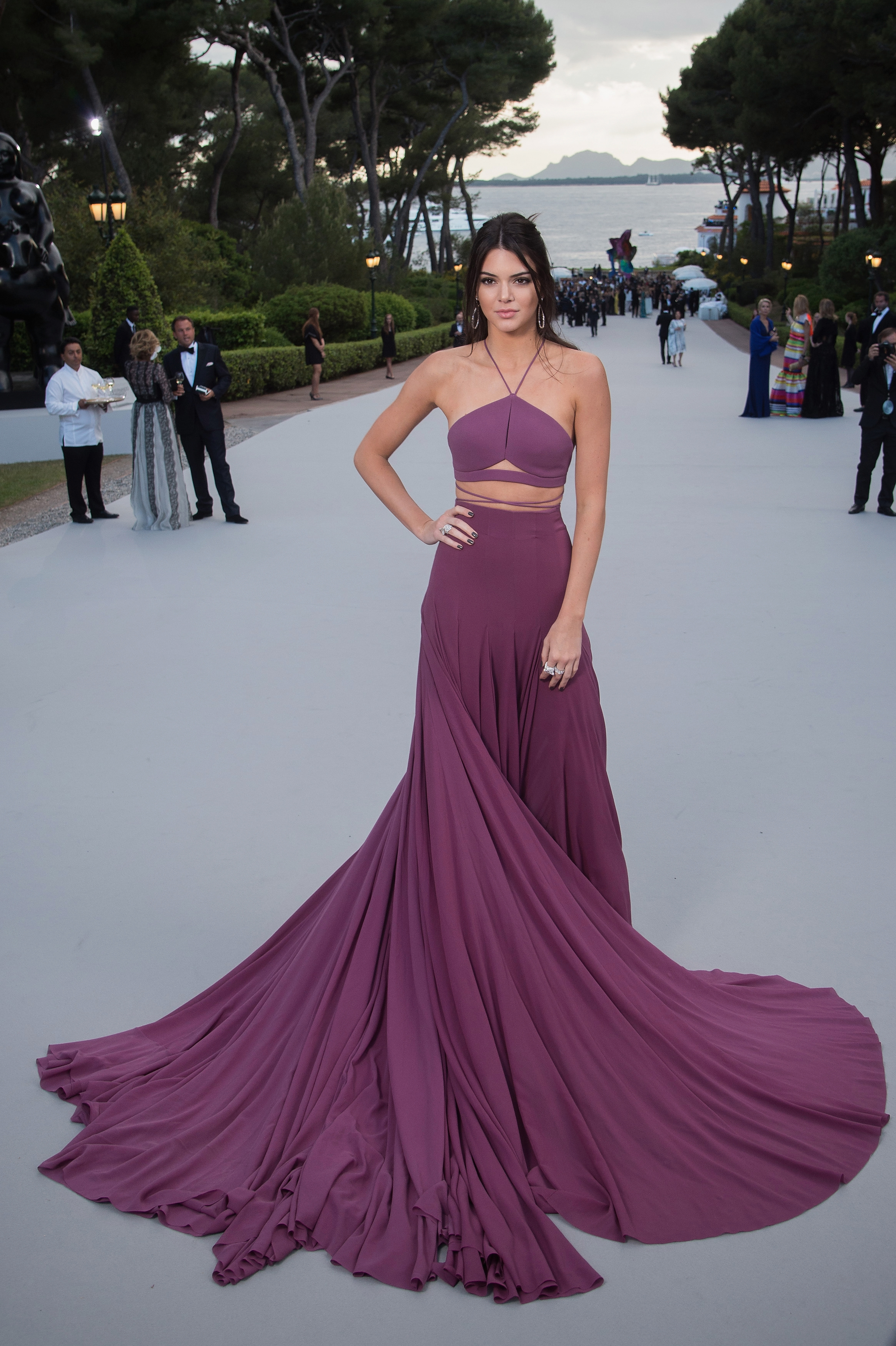 <p>Kendall Jenner wore Calvin Klein to the amfAR Cinema Against AIDS event in Cannes last night. Asone of the premier couture events of the year, the red carpetnever fails to impress. This year's gala includes a runway show curated bylegendary fashion editor Carine Roitfeld and music by Mark Ronson.</p>