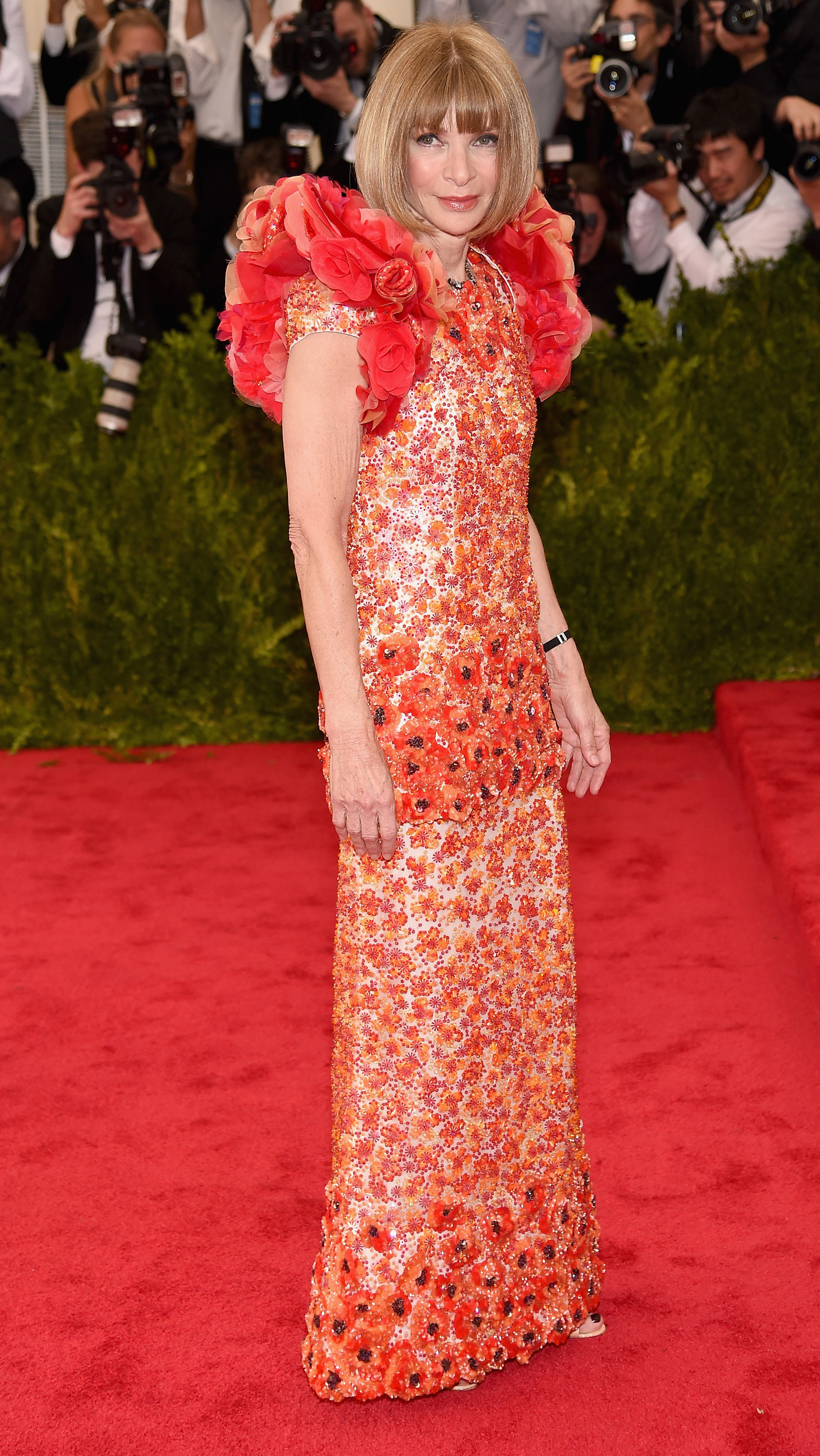 <p>Stars hit the red carpet for the Met Gala, the annual fundraising ball for the Metropolitan Museum of Art's Costume Institute in New York City. Each ball celebrates the theme of that year's Met exhibition, which in 2015 is 'China: Through the looking glass', an exploration of the influence of Chinese imagery in art, film and fashion. </p>