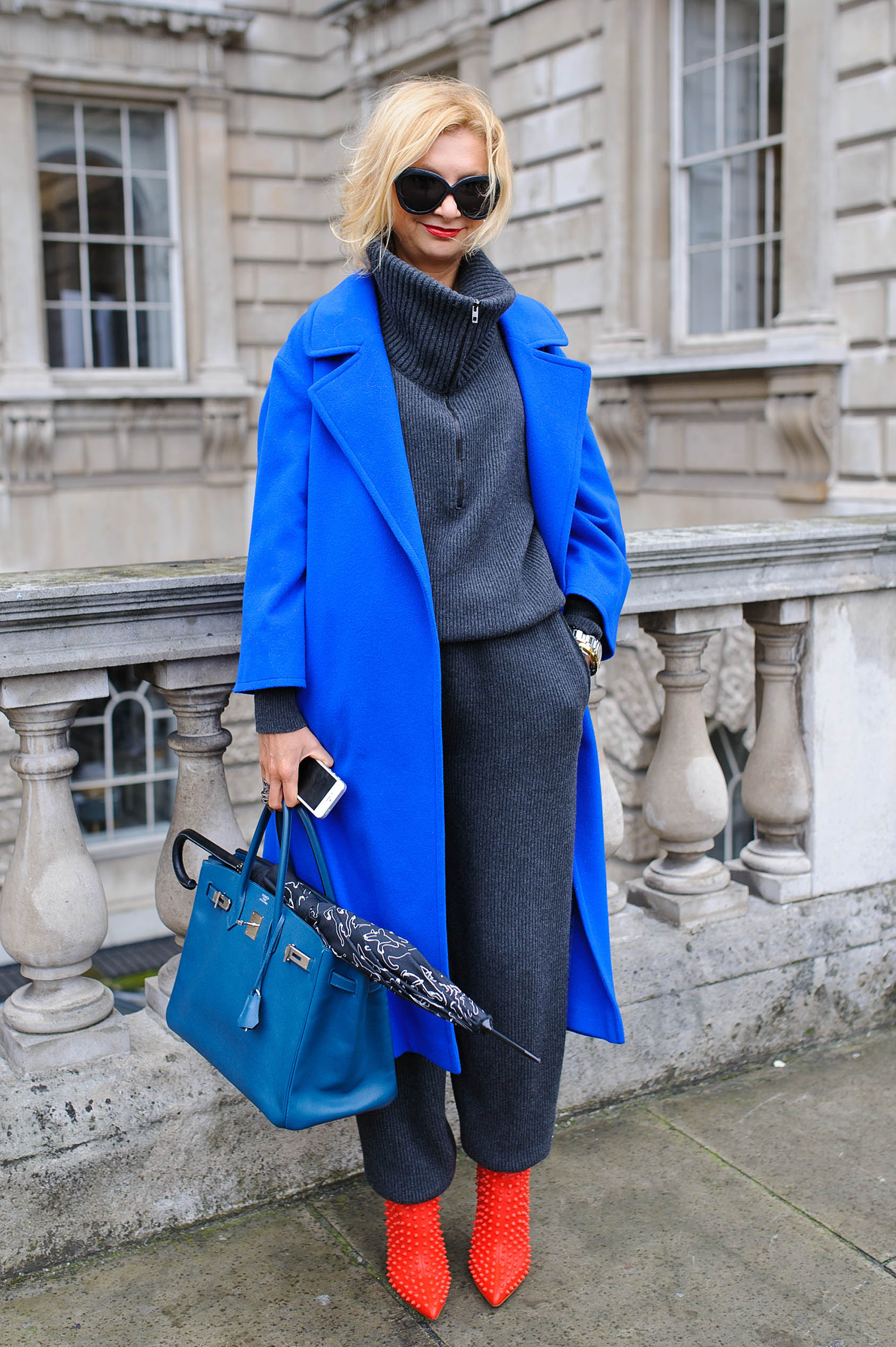 <p>Cold weather means fluffy oversized sweaters and comfy cardigans. Thesesilhouettes may not be as sleek as tailored blazers and suits, but with the right styling they can be just as chic. Take inspiration from these street stylers to find the perfect balance between polish and comfort. </p>