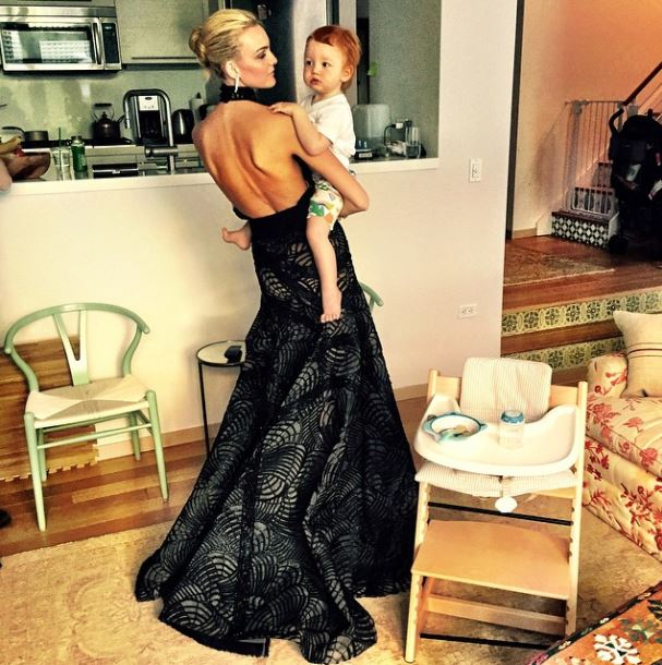 <p>To celebrate Mother's Day we take a look at some of our favourite model and child moments. </p><p>Caroline Trentini and Bento<br></p>