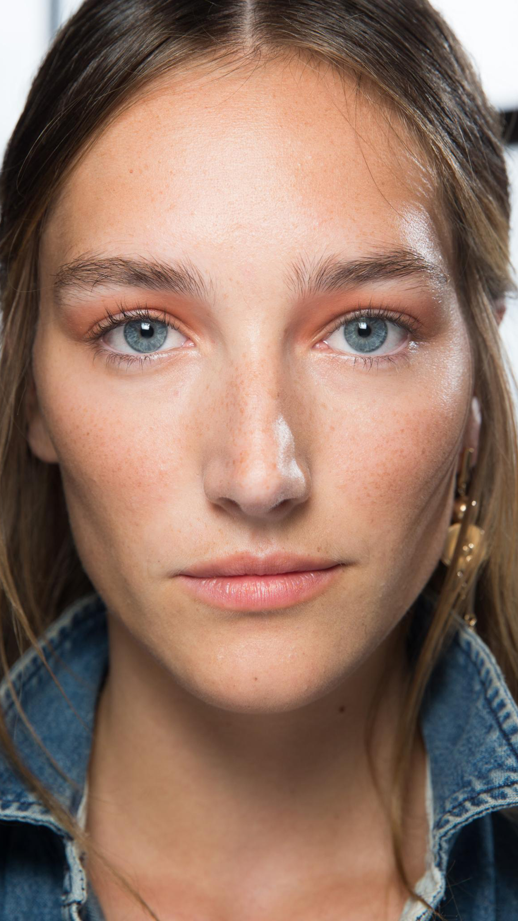 Red skin doesn't discriminate – no matter your age, skin type or gender, anyone can go from fresh faced to flush faced. While it's easy to camouflage redness with foundations and concealers, this doesn't stop it from occurring. Here are 11 products that will treat the issue itself and ensure that you don't look like you've just stepped out of a two-hour spin class.