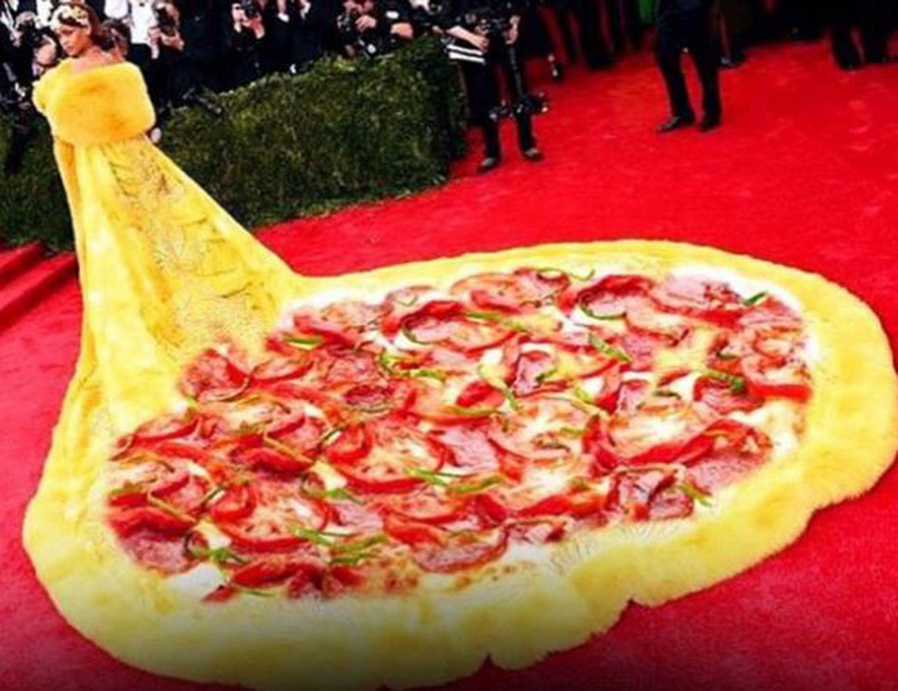 pizzzzzz spongebob ri pants, big bird and belle! rihanna's met gala gown